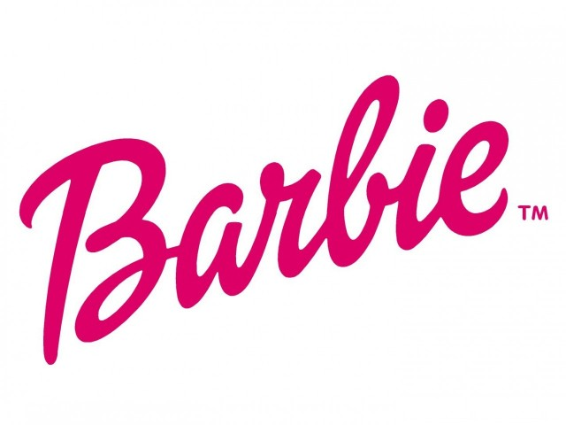 How To Make A Photo Booth for a Barbie Party - Smarty ...